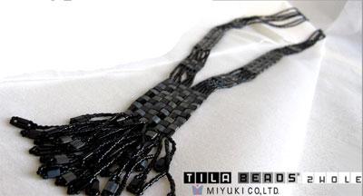 Exemple de pendentif en perles MIYUKI Tila
